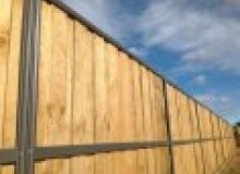 Kwikfynd Lap and Cap Timber Fencing myallansw